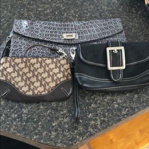 Handbags - New York and company clutches